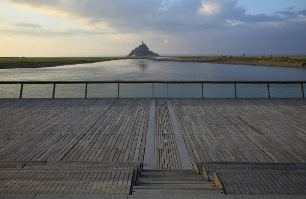 how to visit mont saint michel from paris