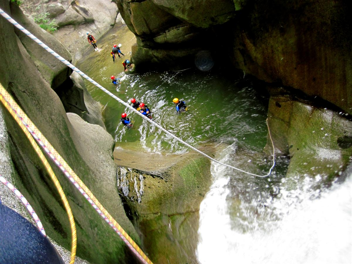 Canyoning sensation le llech for Exterieur nature