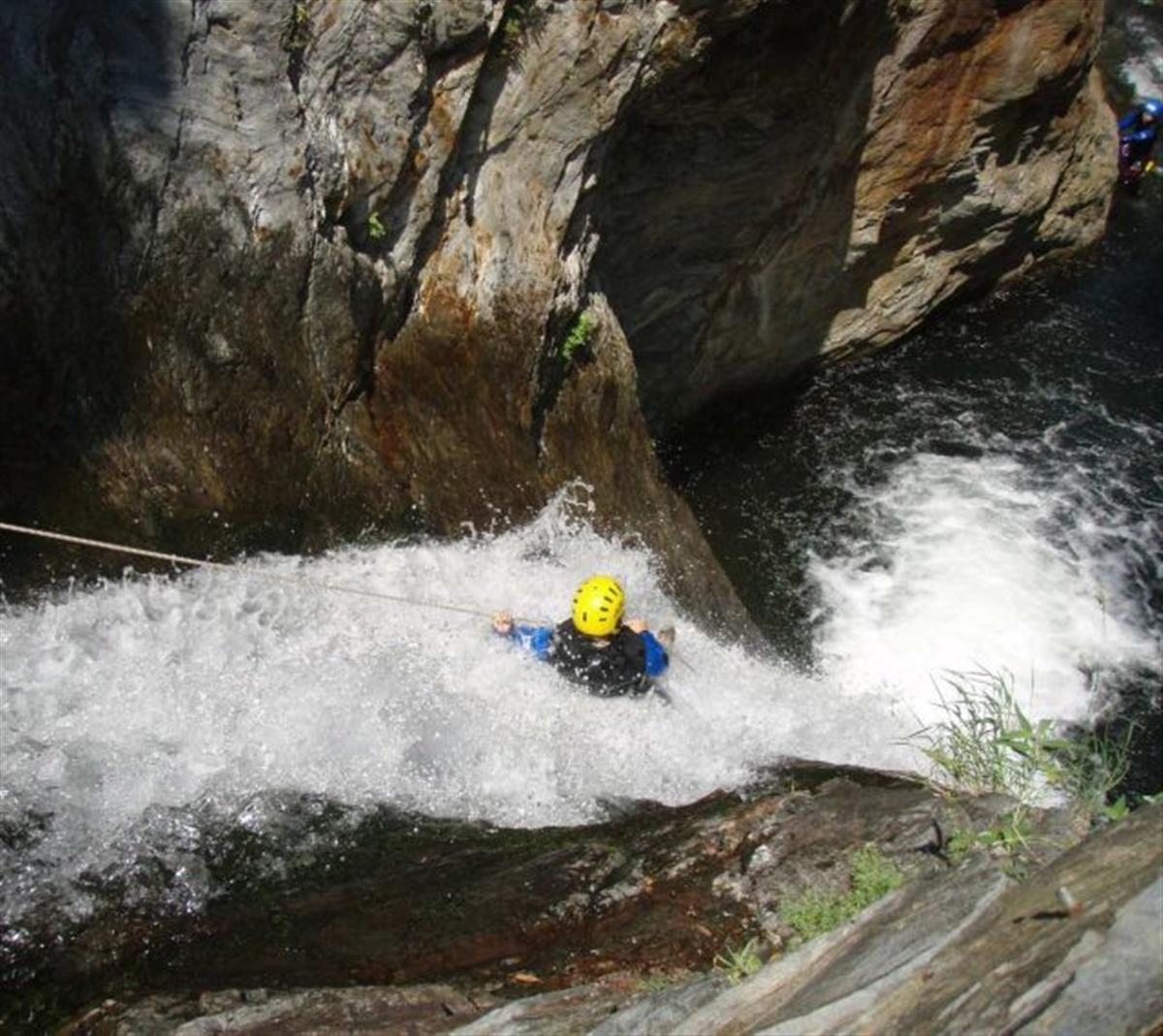 Canyoning la journ e le taurinya ou le cady for Exterieur nature