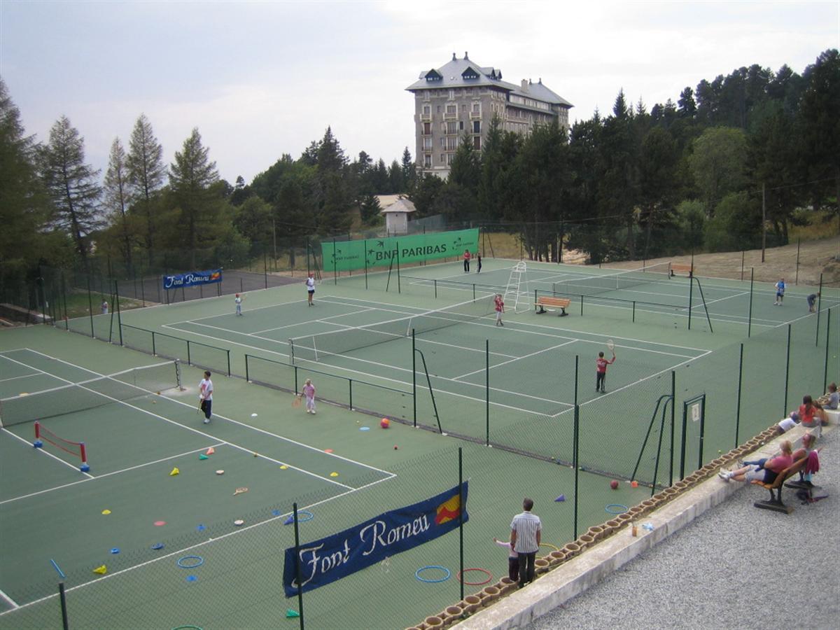 Activit s et loisirs canet en roussillon dans les for Cours de tennis en ligne