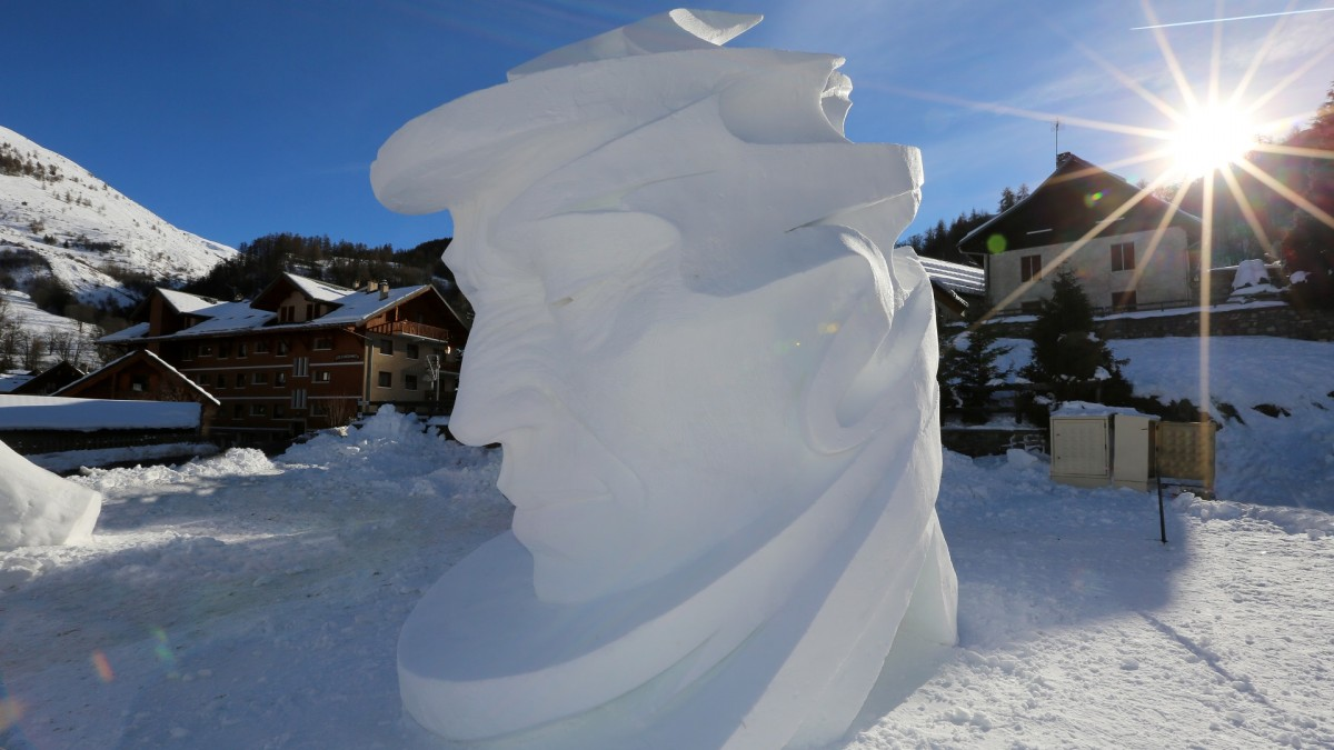Sculpture sur neige à Valloire