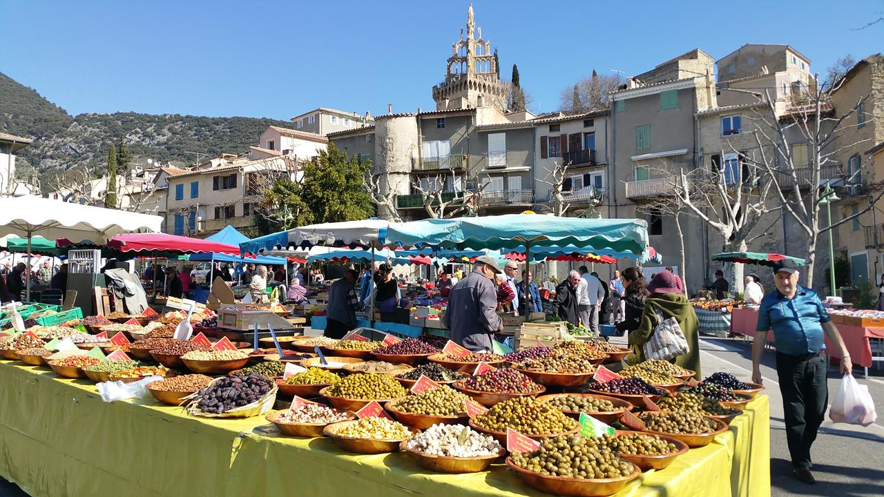 MARCHE PROVENCAL A NYONS