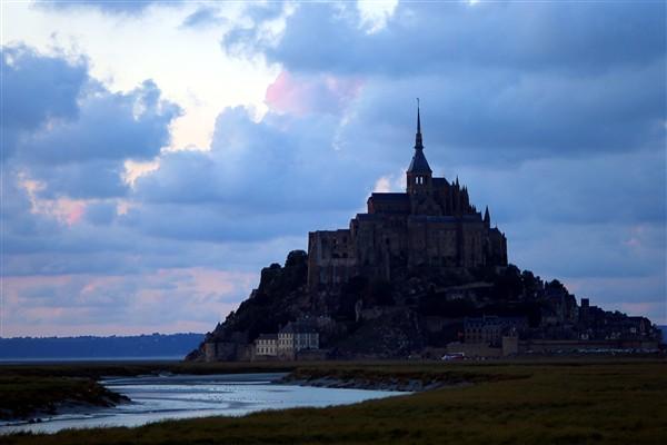 """Traversée Grandes marées """"Le Mont Saint Michel redevient une île"""" départ du Mont Saint Michel"""