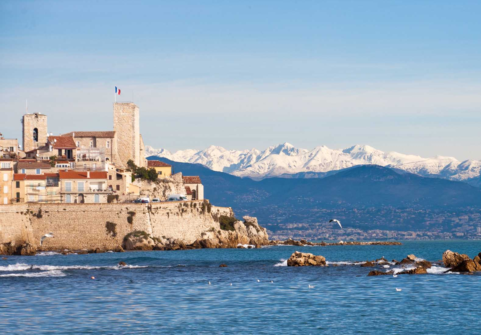 Cannes, Antibes & St Paul - half day tour