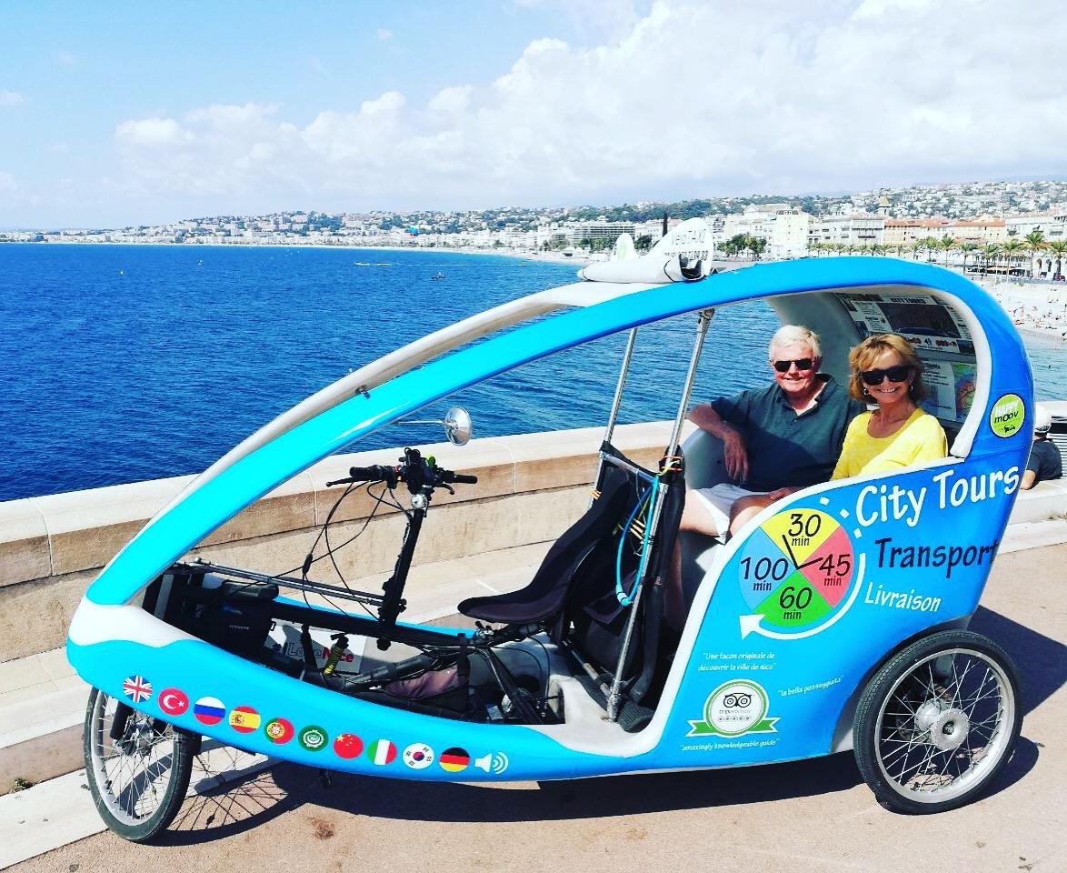 Tour privé de Nice en vélotaxi électrique - multilingue - 1h10