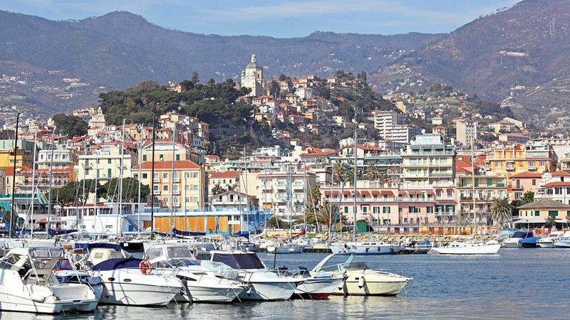 Tour journée: le marché italien de San Remo, Menton et La Turbie