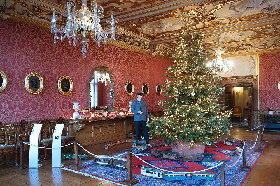 Château de Modave et marché de Noel de Durbuy.