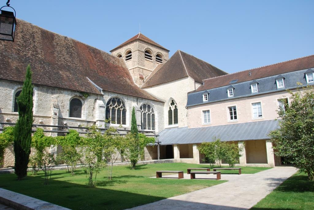 Entrée Prieuré Saint Ayoul