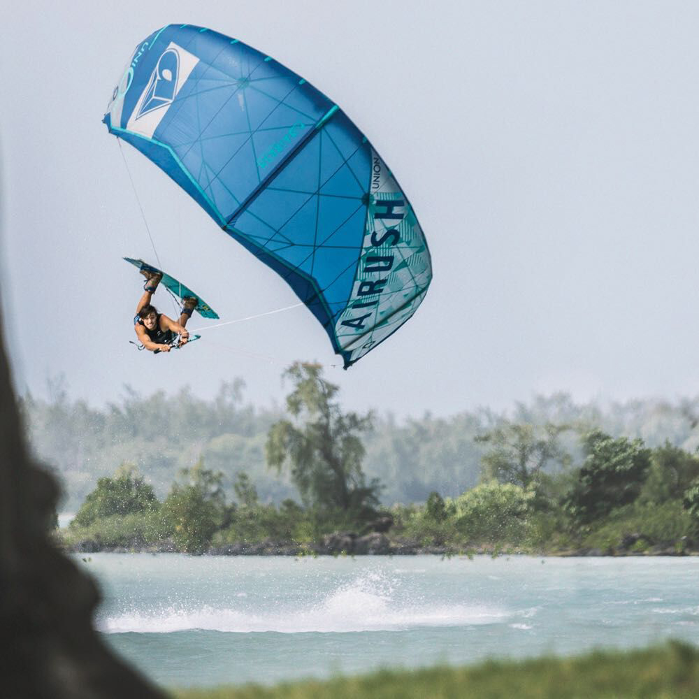 KITESURF & WAKE TRAINING CAMP