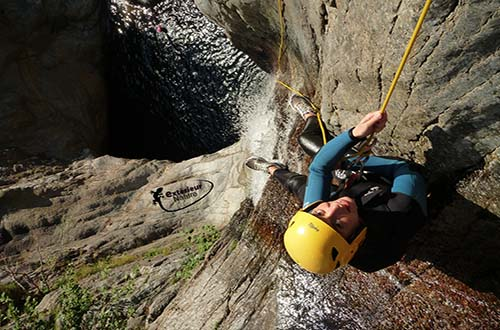 Canyoning sportif : Le Gourg des Anelles